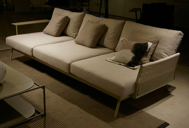 New Poul Sofa XL
